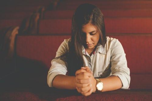 https://www.ennyonlinebooks.com/wp-content/uploads/2018/11/pray.jpg